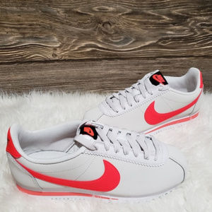 New Nike Classic Cortez Leather Sneakers
